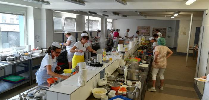Úspěšně jsme realizovali první zkoušky profesní kvalifikace Kuchař pro přípravu pokrmů dietního stravování